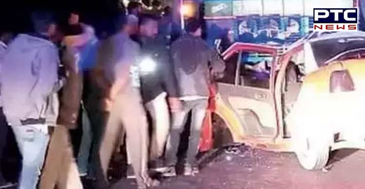 Four dead in car-truck collision in Maharashtra (3)
