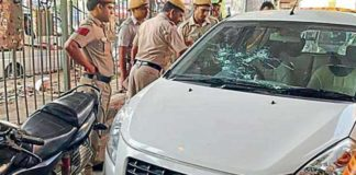 2 killed after gangsters stop traffic, shoot on busy road in National Capital