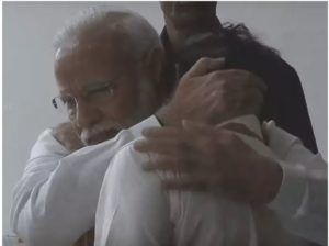 PM Narendra Modi Hugs consoles ISRO Chief K Sivan after he broke down in Tears
