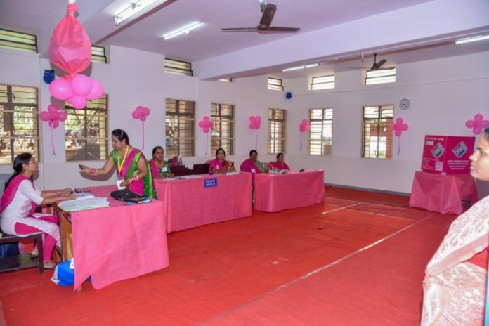 Pink Booth in Fatehabad