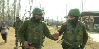 Jammu and Kashmir Srinagar Grenade Attack , Two CRPF Jawans Injured