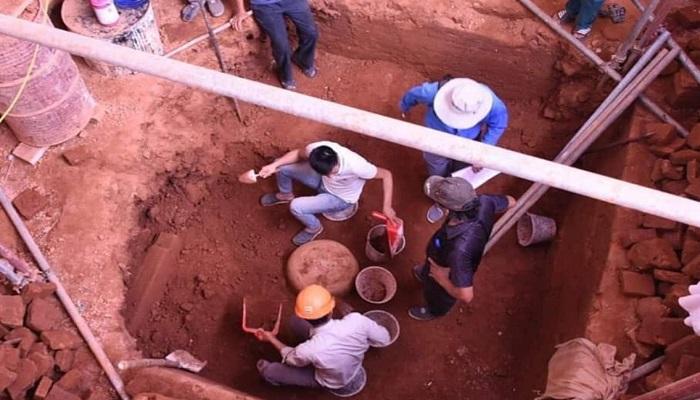 Monolithic sandstone Shiv Linga of 9th CE found in Vietnam