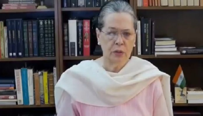 Government should help farmers, laborers and small shopkeepers says Sonia Gandhi