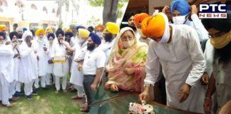Sukhbir Singh Badal birthday SAD workers offered prayers and distributed laddu at Takht Sri Kesgarh Sahib