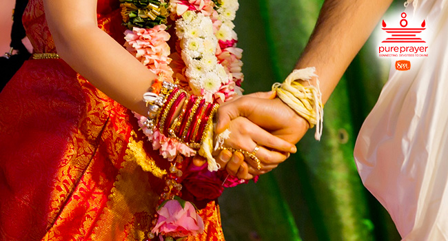 PurePrayer offers the services of Astrologers and Pandits to set Muhurta for Marriage