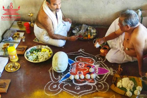 Pitru Paksha shradh at Trimbkeshwar