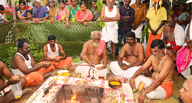 Avail the best Tamil Vadhyar in Bangalore with Pureprayer