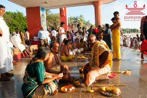 Tripind Shradh in Trimbakeshwar