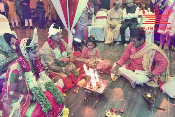 Pureprayer offers best Bengali Purohits in Bangalore