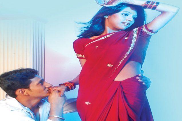hindi kavita katal ki hamari bari hai