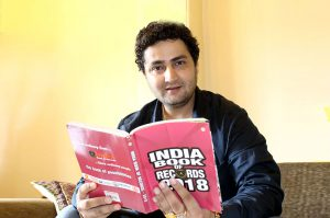 bollywood director dinesh soi get rewarded by india book of records