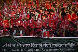 Delhi Farmers Protest kisan mukti march