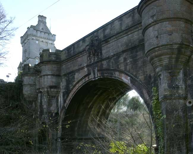 Overtoun Bridge