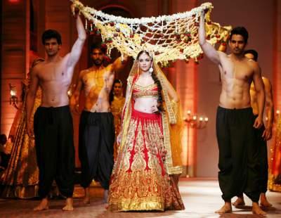 Mangal Parinay Bridal Entry Unique Ideas Of Phoolon Ki