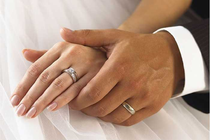 Tips to buy an engagemnet ring