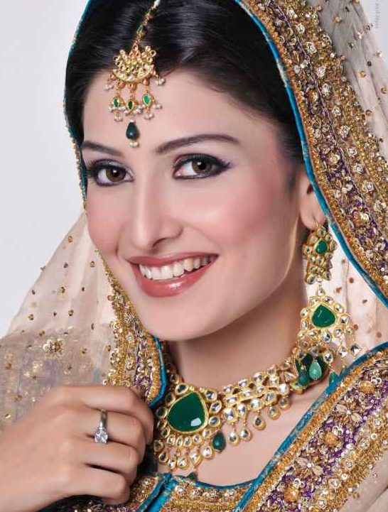 Flawless skin for beautiful bride
