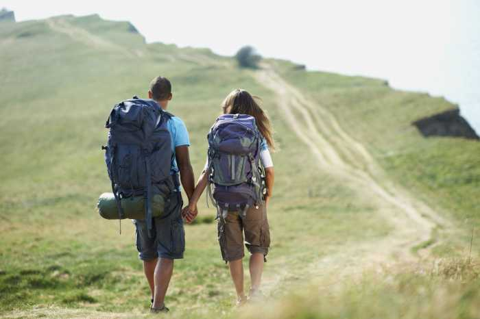 Benefits of traveling as a couple
