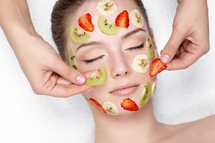 Steps to perform fruit facial at home