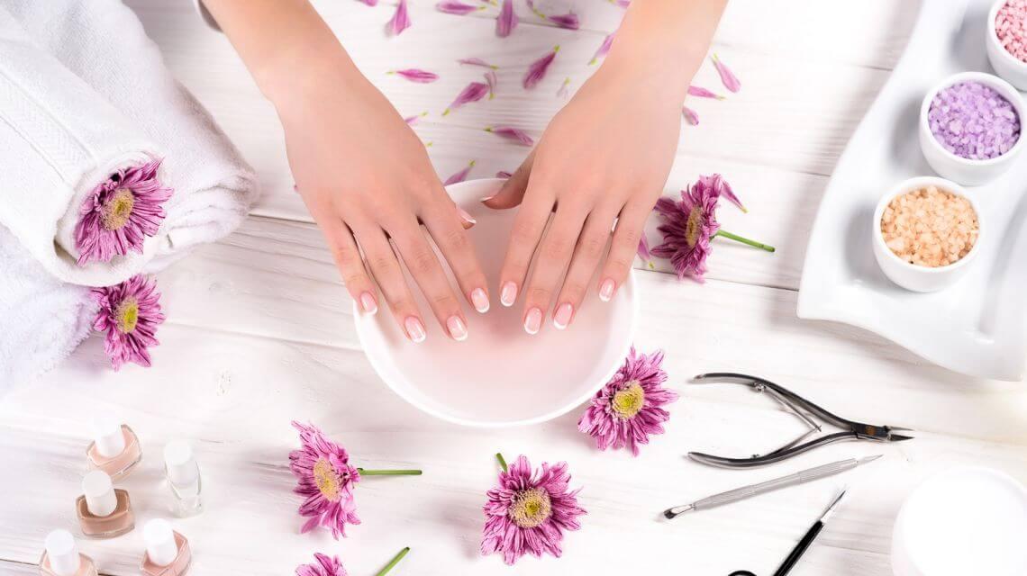 japanische-manicure