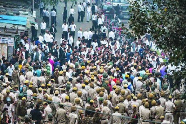 Delhi Police vs Lawyers