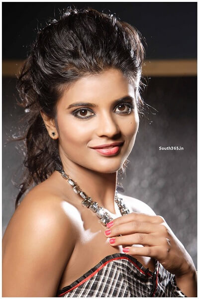 Aishwarya Rajesh Biodata, Age, Family, Brother, Height-weight, Movies (1)