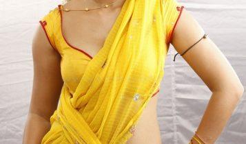 Anushka_Hot_Saree