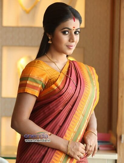 Shamna Kasim Affairs, Age, Family, Height weight, Movies, Cancer details (3)