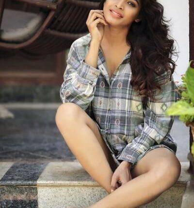 Tamil Actress Name List with Photos_South Indian Actress (6)
