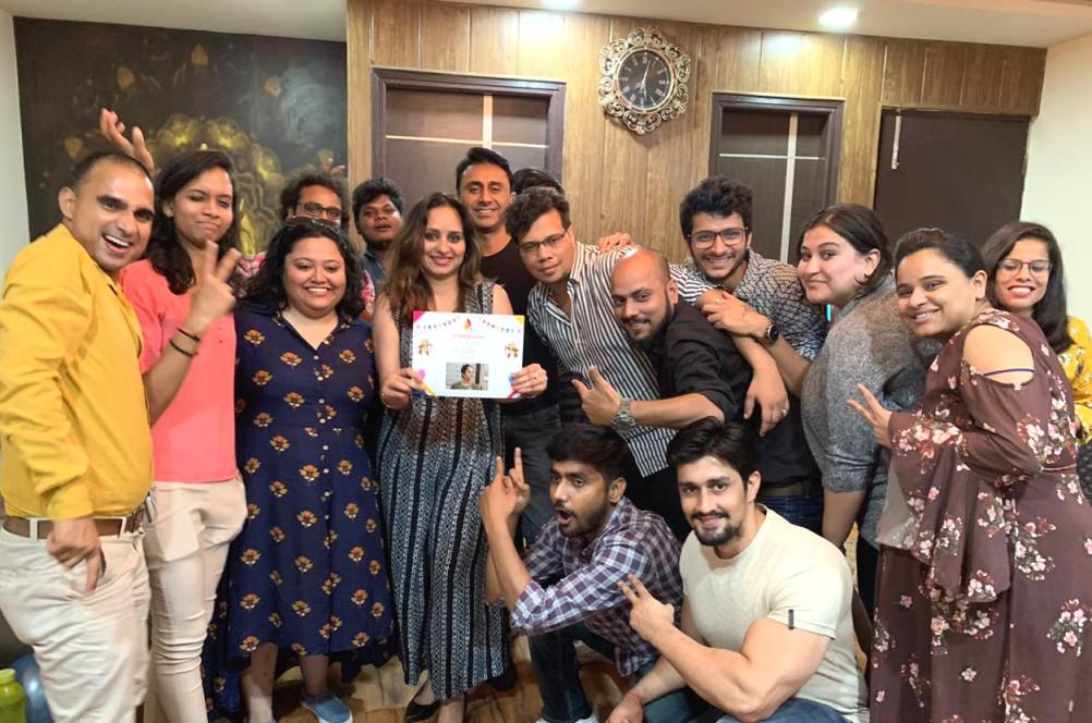 Começando com apenas Rs 10.000, este cineasta ganha agora em Crores 6